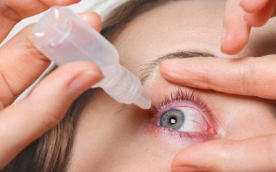 cerca-mujer-vierte-gotas-ojos-rojos-tiene-conjuctivitis-o-glaucoma-mala-vista-dolor-concepto-tratamiento-dolor-ojos-mujer-cura-ojo-rojo-sangre_176532-8745